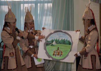 Участники смены «Моя республика» защитили гербы своих улусов