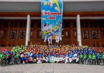 Праздник труда и мира объединил детей и коллектив Центр «Сосновый бор» духом патриотизма и радости